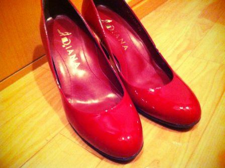 エナメル靴のお手入れも簡単